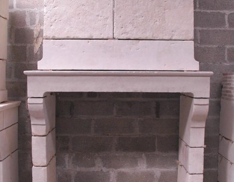 cheminée Normande ancienne à trumeau réf 154 en pierre de Falaise