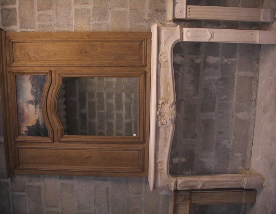 cheminée L XIV ancienne restaurée, trumeau en bois  - réf 158 - en pierre de Caen