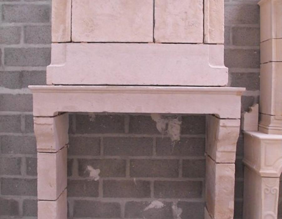 cheminée Normande ancienne à trumeau - réf 179 - en pierre de Falaise