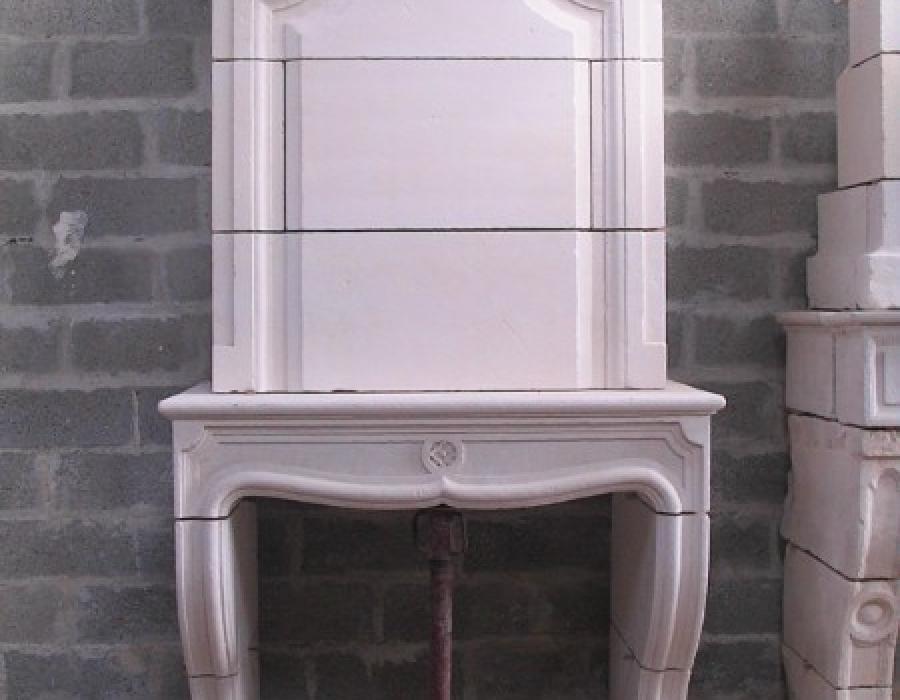 cheminée L XIV en copie à trumeau - réf 29 - taillée en pierre fine de Tervoux