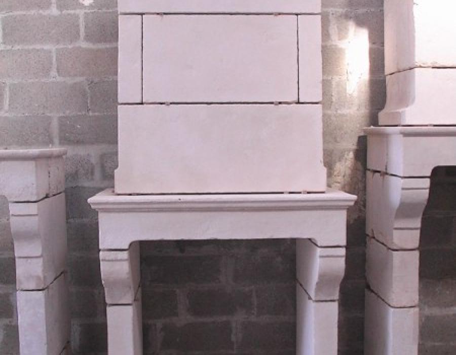 cheminée Normande en copie à trumeau - réf 33 -  en pierre de fine de Tervoux