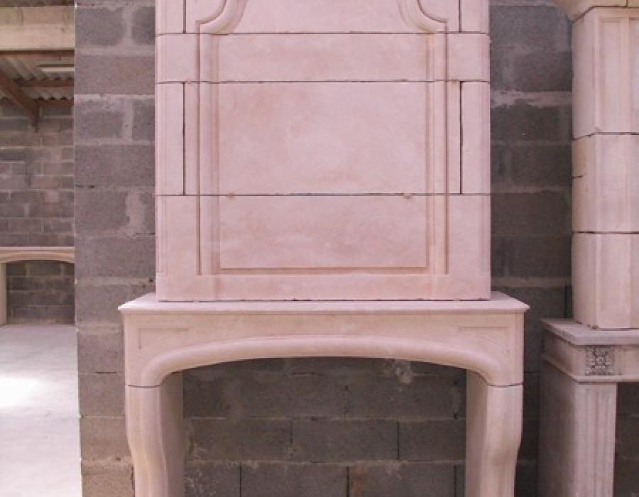 cheminée L XIV en copie à trumeau - réf 38 - en pierre fine demie-dure de Tervoux