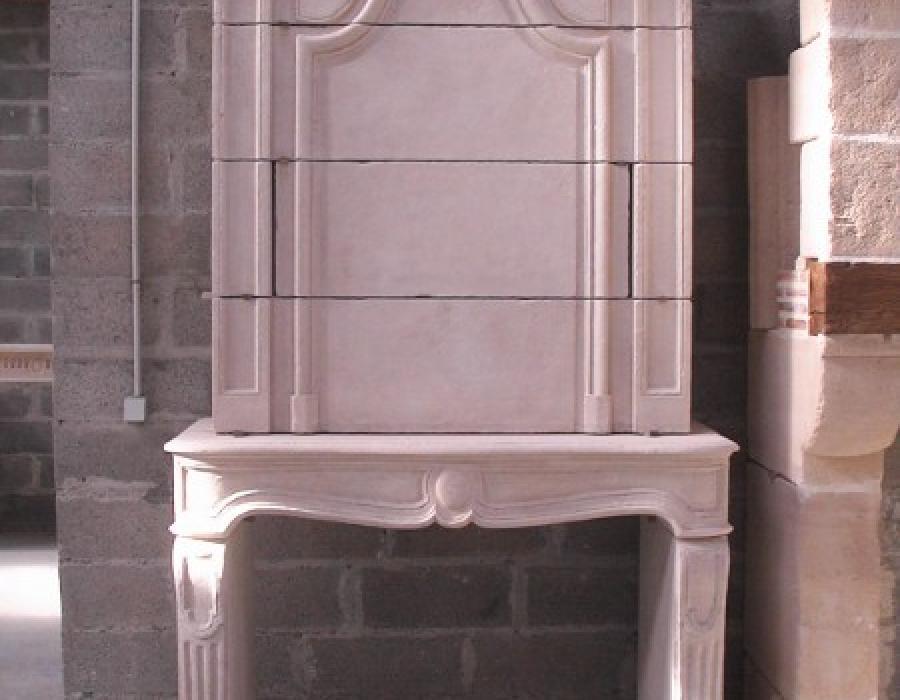 cheminée L XIV en copie à trumeau - réf 6 - taillée en pierre fine de Richemont Jaune